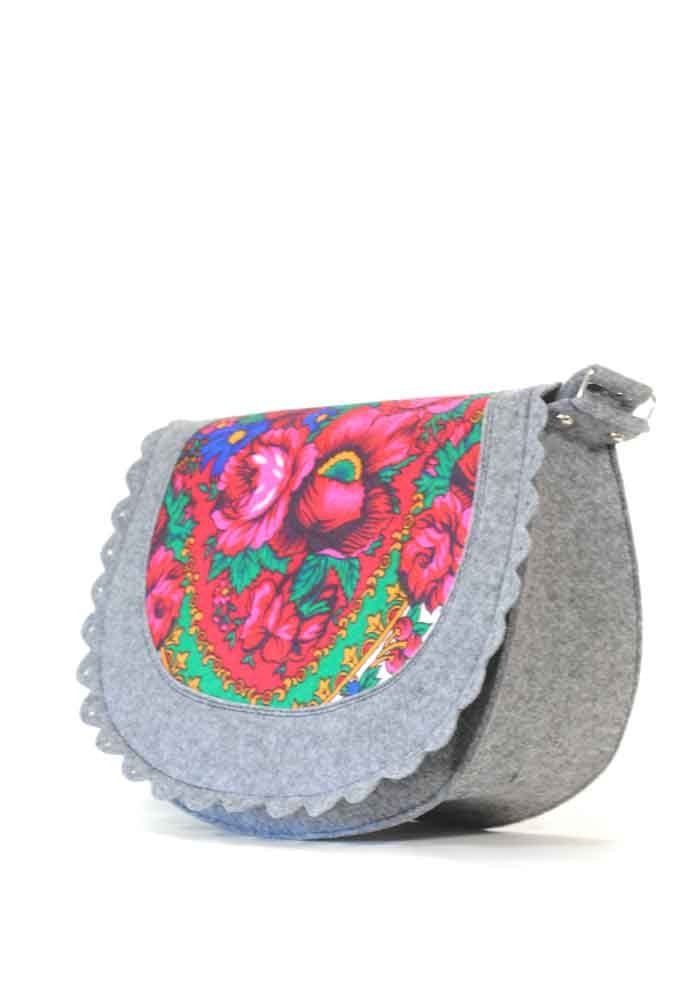 Женская сумка из войлока с котом в кармане