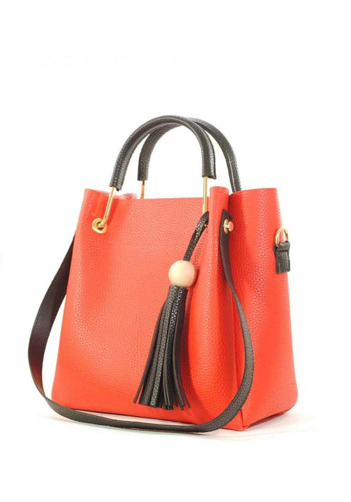 Красная женская сумка с черной кисточкой Betty Pretty