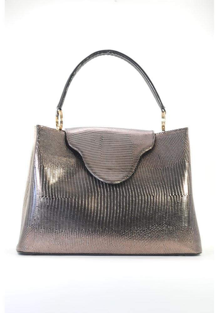 Золотистая женская сумка мягкой формы с клапаном - Фото сумки